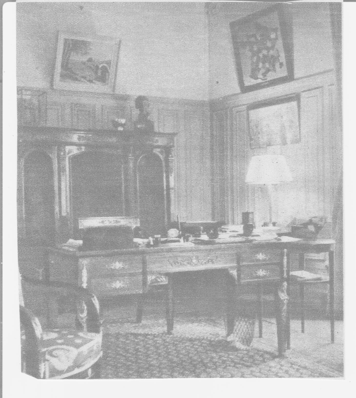 vichy bureau bureau d 39 colier pour enfant les gambettes retro design pour so young so design. Black Bedroom Furniture Sets. Home Design Ideas